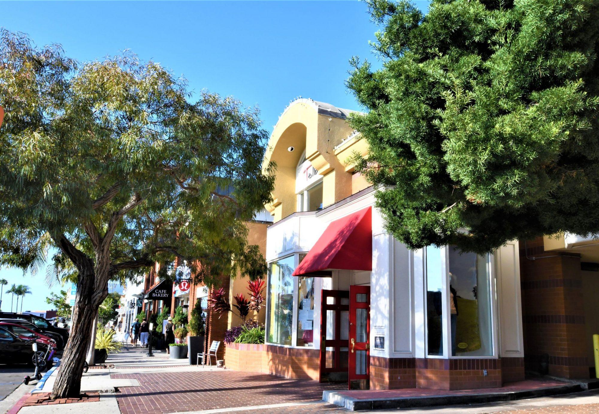 Girard Street, La Jolla, CA