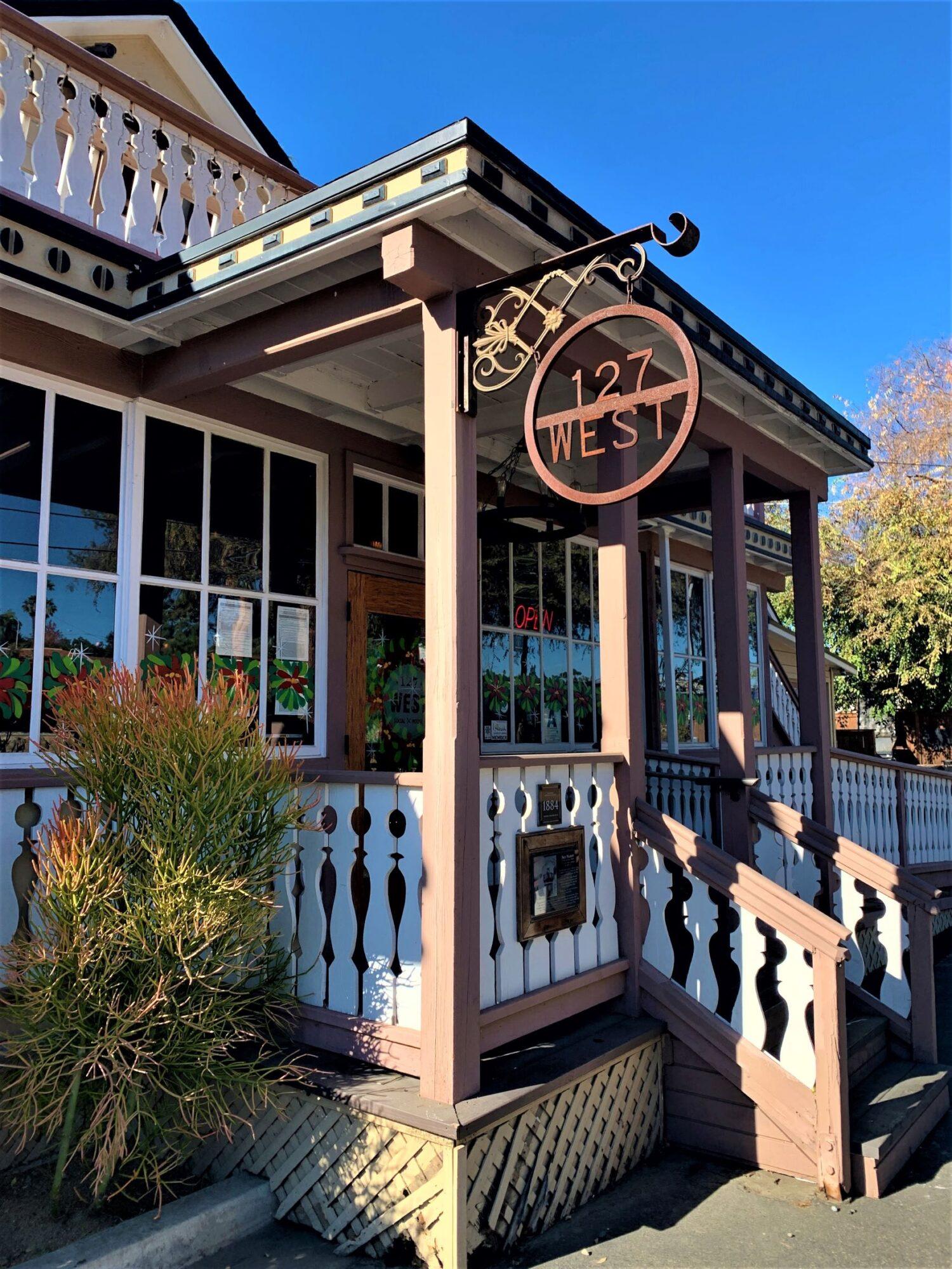 127 West Social House, Fallbrook, CA
